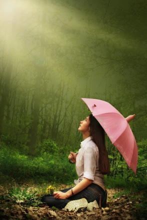 5 Simple Tips to Stay Positive while IN the Eye of the Storm