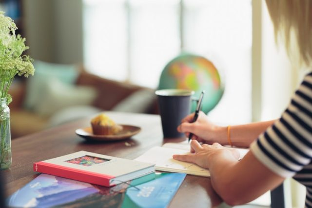 5 Transformative Reasons to Start Writing a Journal NOW!